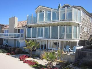 3365 O- Cape Cod Beauty - Hollywood Beach Oceanfront - Oxnard vacation rentals