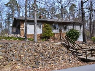 42SegoDr West Gate Area | Home| Sleeps 4 - Hot Springs Village vacation rentals