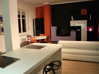 75 mq gorgeous, charming, bright, modern apartment, excellent central location - Naples vacation rentals
