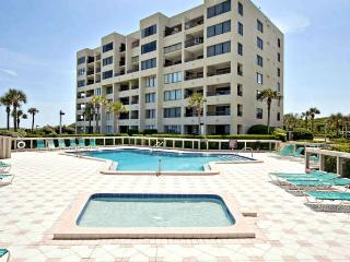 Best Reviewed condo on Amelia Is., 7/26-8/2 $1795 - Fernandina Beach vacation rentals