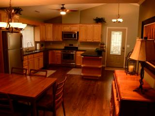 Sunny View Cottage in the Beautiful Wine Country - Santa Rosa vacation rentals