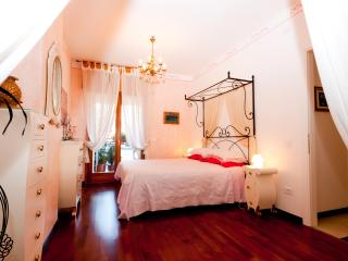 Between Venice and the Dolomites - Bright apartment with panoramic views - Vittorio Veneto vacation rentals