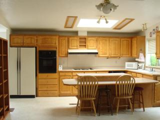 Large, Clean House and Short Walk to Heceta Beach - Florence vacation rentals