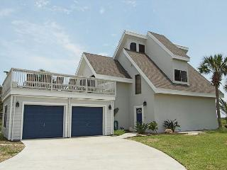 Upscale 3 bedroom 4 bath home, with a community pool! - Port Aransas vacation rentals
