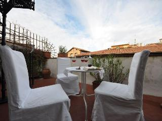 OLD BRIDGE ATTIC elegant apartment with terraces - Florence vacation rentals