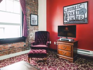 Pioneer Square Apartment 203 - Seattle vacation rentals