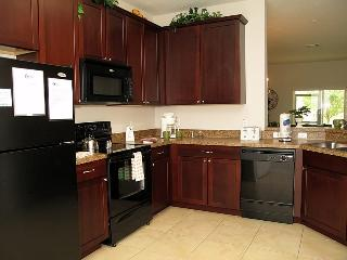 3BR/2.5BA Oakwater condo in Kissimmee (OW2818) - Kissimmee vacation rentals