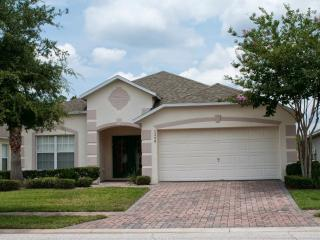 18115-1206 4 bedroom Cumbrian Lakes private pool home - Kissimmee vacation rentals