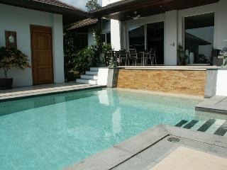 ON THE ROCKS - Choeng Mon vacation rentals