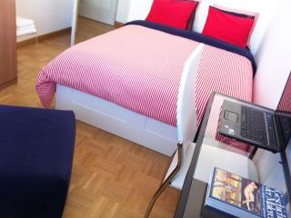 ONLY FOR LADIES IN A FAMILY HOME WIFI B&BREAKFAST - Geneva vacation rentals