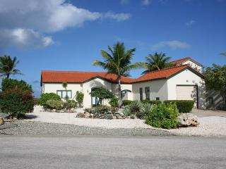 Mesa Vista 21 - Oranjestad vacation rentals