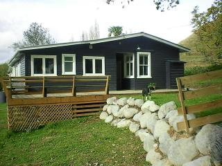 Makakahi Lodge  Luxurious rural retreat - Ohakune vacation rentals