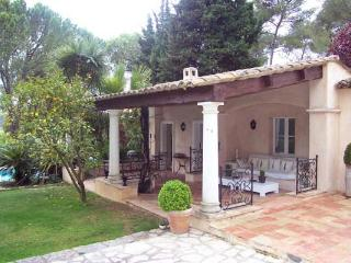 West- Indian style villa 20 minutes from Nice. AZR 062 - La Gouesniere vacation rentals