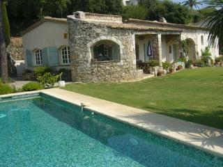Provencal stone house 20 minutes from Nice. AZR 053 - La Gouesniere vacation rentals