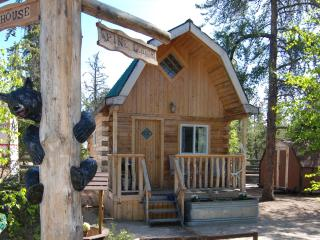 Country Cabin, Pine Lodge - Yellowknife vacation rentals