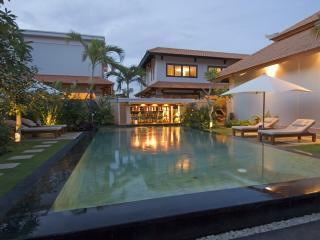 Hideaway villa in honeymoon resort - Jimbaran vacation rentals