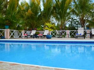Near beach, private, secluded, bikes - Providenciales vacation rentals