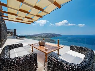 Cavo Ventus, infinity pool and complete privacy - Santorini vacation rentals