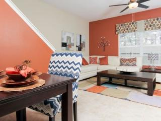 PP5T8951MPR Nicely Decorated Townhouse Nestled in Kissimmee - Four Corners vacation rentals