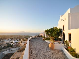 Fava Residence - Unique Villa - Oia vacation rentals