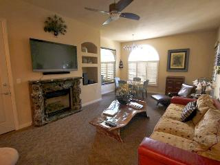 Exquisite Ground-Floor Condo at Legacy - La Quinta vacation rentals