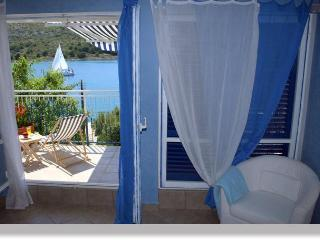 Apartment + pool, 30m from beach on a quiet island - Sibenik-Knin County vacation rentals