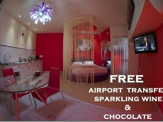 Affordable Luxury Romantic Get Away ,Free Transfer - Msida vacation rentals