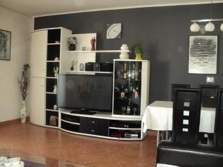 Apartments Kraljevic A1- SEE VIEW - Vodice vacation rentals