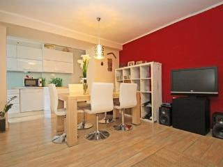 Relaxing apartment in the sunny sea town of Koper - Koper vacation rentals