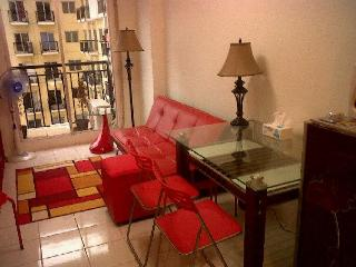 NEW and COZY appartment with SWIMMINGPOOL - Jakarta vacation rentals
