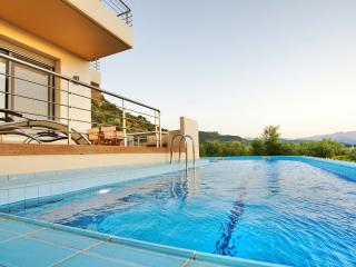 Villa Sirocco Special 20% discount for September - Chania vacation rentals