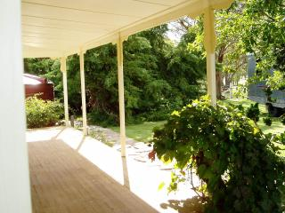 Oakhurst Cottage FarmStay - Deepwater vacation rentals