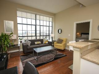 Loft in the City with walk to convention center - Philadelphia vacation rentals
