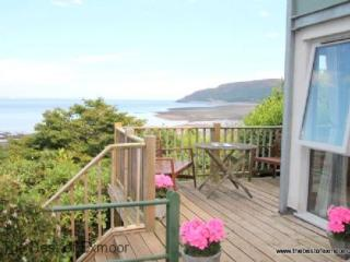 St Anthony's Cottage, Porlock Weir - Sleeps 4 - Exmoor National Park - Sea View - Large Garden - Porlock Weir vacation rentals
