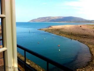 Harbour House Apartment, Porlock Weir - Sleeps 4 - Exmoor National Park - Sea Views - Exmoor National Park vacation rentals