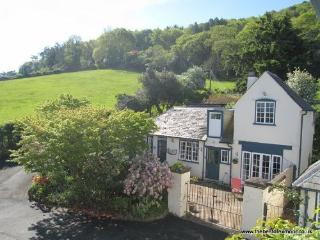 Coachmans Cottage, West Porlock - Sleeps 2 - Exmoor National Park - Sea views - Porlock Weir vacation rentals