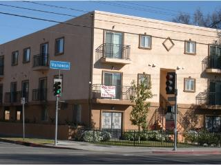 Large 2BR/2BA Townhome(#3) - 15 Mins to Hollywood! - Los Angeles vacation rentals