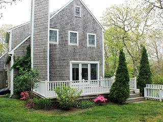 1651 - Wonderful Edgartown Home with Central Air Conditioning - Edgartown vacation rentals