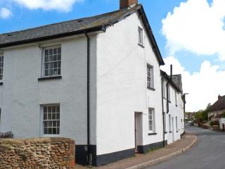 SUFFOLK COTTAGE, open fire, character features, fantastic touring base, in Woodbury, Ref. 24589 - Woodbury vacation rentals