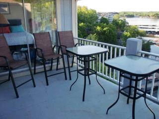 Regatta Bay 3 BR Penthouse Townhouse in Lake Ozark - Lake of the Ozarks vacation rentals
