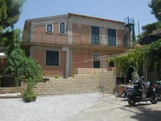 B&B Villa zia Febronia - Patti vacation rentals