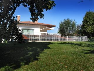 Bed and Breakfast Villa Sofia - Ponzano Veneto vacation rentals
