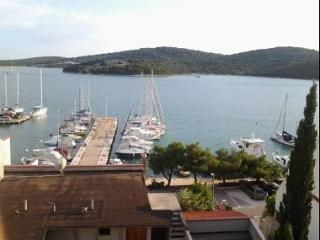 5652  A2(4+1) - Tisno - Tisno vacation rentals