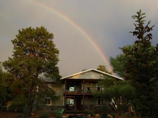 1mi to Downtown 4b /4b Grand Canyon GetAway looking out on the Peaks - Flagstaff vacation rentals