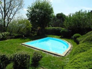 Esquisite Wooden Maison with swimming pool - Milan vacation rentals