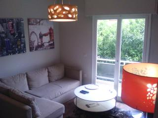Cosy modern Athens condo near means of transport - Greater Athens vacation rentals