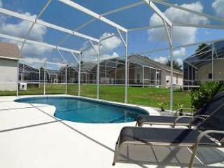 Cove Villa (Cove1708s) - Large two story villa located in golfing community! - Davenport vacation rentals