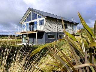 Kowhai Lodge - Ohakune Modern Holiday Home - Kansas vacation rentals