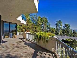Beverly Hills Modern Viewhouse - Los Angeles vacation rentals