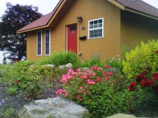 Executive Cottages, Extended-stay accommodations - Newport vacation rentals
